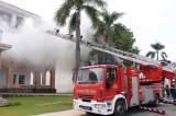 Diễn tập phòng cháy chữa cháy và cứu nạn cứu hộ ở Công ty TNHH sản xuất giày Vĩnh Nghĩa