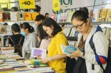 Hội sách Bình Dương lần thứ I thu hút đông đảo học sinh, sinh viên
