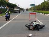 Bảo vệ khu công nghiệp VSIP 2 truy đuổi xe ben gây tai nạn rồi bỏ chạy