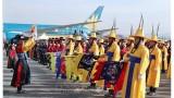 韩国隆重举行仪式 欢迎越南政府总理阮春福到访