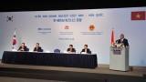 越南政府总理阮春福出席越南-韩国商务论坛