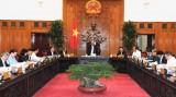 越南政府总理阮春福就2020年第一号决议制定工作召开会议