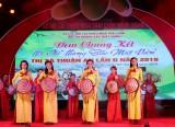 Phát triển văn hóa, văn nghệ phục vụ người dân