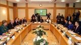 越南国会主席阮氏金银会见俄罗斯联邦鞑靼斯坦共和国国务委员会主席