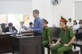 Vụ án ông Nguyễn Hồng Khanh, nguyên Bí thư thị xã Bến Cát: Xét hỏi bị cáo Hùng và bị cáo Lộc trong phần tranh luận