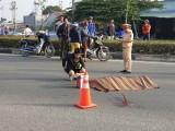 Truy tìm chiếc ô tô gây tai nạn chết người rồi bỏ trốn