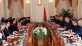 越南国会主席阮氏金银会见白俄罗斯总理谢尔盖·尼古拉耶维奇·鲁马斯
