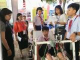 中学生科技比赛举行