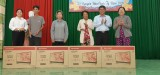 Provincial leaders visit, offer Tet gifts to policy beneficiaries, poor households in Tan Uyen