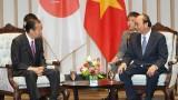 越南政府总理阮春福会见日本自由民主党干事长二阶俊博