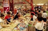 Hàng hóa phục vụ tết: Sức mua tăng mạnh