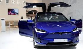 Tesla là hãng xe có trị giá lớn thứ hai thế giới