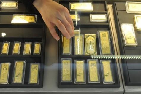Giá vàng và giá dầu diễn biến trái chiều do lo ngại dịch viêm phổi lạ