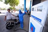 Xăng Ron95 giảm mạnh gần 800 đồng/lít ngày đi làm đầu năm