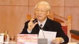 越共中央总书记、国家主席阮富仲主持越共十三大文件起草小组会议