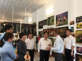 Lãnh đạo tỉnh khảo sát làng nghề Sơn mài truyền thống Tương Bình Hiệp