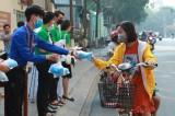 平阳大学向民众免费发1000个口罩和500瓶洗手液