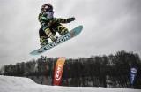 Tài năng trượt ván tuyết khó tin của bé gái 6 tuổi người Nga