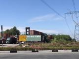 """Lập bãi container cạnh đường dây điện 500KV: Nguy hiểm... """"chực chờ"""""""