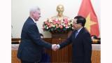 越南政府副总理兼外交部长范平明会见俄罗斯外交部第一副部长