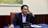 越南与加拿大外交部副部长通电话