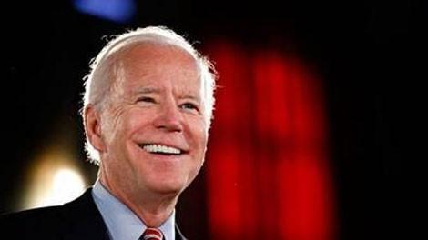 Ông Joe Biden lại chiếm ưu thế