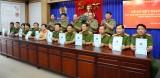 """Khối thi đua cảnh sát Công an tỉnh: Ký kết giao ước phong trào thi đua """"Vì an ninh Tổ quốc"""""""