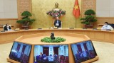 越南政府总理阮春福:社会增速放缓,但从事防疫工作的人员需提速