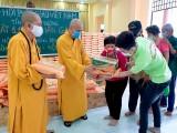 Giáo hội Phật giáo Việt Nam tỉnh Bình Dương: Vận động hơn 2 tỷ đồng giúp người khó khăn trong mùa dịch Covid-19