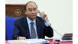 阮春福总理同俄罗斯总理通电话