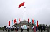 Lễ Thượng cờ Thống nhất non sông tại Đôi bờ Hiền Lương-Bến Hải