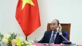 越南政府总理阮春福与日本首相安倍晋三通电话