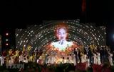 Sâu lắng cầu truyền hình 'Hồ Chí Minh, Sáng ngời ý chí Việt Nam'