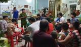 Đoàn cơ sở Phòng Cảnh sát PCCC&CNCH: Phát cẩm nang tuyên truyền PCCC trong thanh niên công nhân