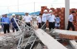 Khởi tố giám đốc công ty xây tường bị đổ làm 10 người chết ở Đồng Nai