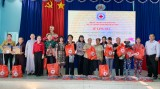 Hội Chữ thập đỏ tỉnh Bình Dương: Tặng quà 189 địa chỉ nhân đạo trên địa bàn TP.Thủ Dầu Một