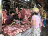 """Giá thịt heo vẫn chưa """"hạ nhiệt"""""""