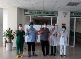 Bệnh viện Nhiệt đới Trung ương tiếp nhận 2 lô thuốc chống COVID-19