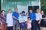Huyện đoàn Bàu Bàng trao Nhà nhân ái tại xã Tân Hưng