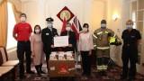 越南向英国和爱尔兰捐赠数十万只抗菌口罩