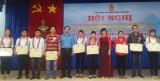 富教县表彰45名典型劳动工人