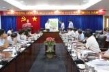 平阳省领导与建设部工作团举行工作会议