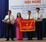 Sở Công thương nhận cờ thi đua của Bộ Công thương