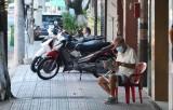 新冠肺炎疫情:从7月31日0时起胡志明市不必要服务单位暂停营业 限制人员聚集