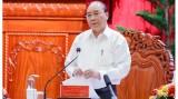 阮春福总理与九龙江三角洲地区各省市领导人举行工作会议