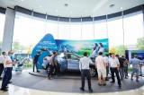 Toyota Corolla Cross bắt đầu về đại lý, khách nườm nượp xem và đặt cọc