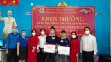 平阳省机关—企业界共青团:向家境困难的青年提供补助