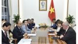 越南政府总理阮春福会见荷兰、比利时驻越大使和欧洲投资者