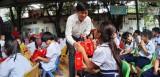 Mang trung thu đến với con em lao động nghèo