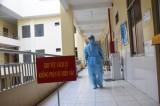 Năm người Ấn Độ nghi nhiễm Covid-19 đã cách ly ngay khi nhập cảnh